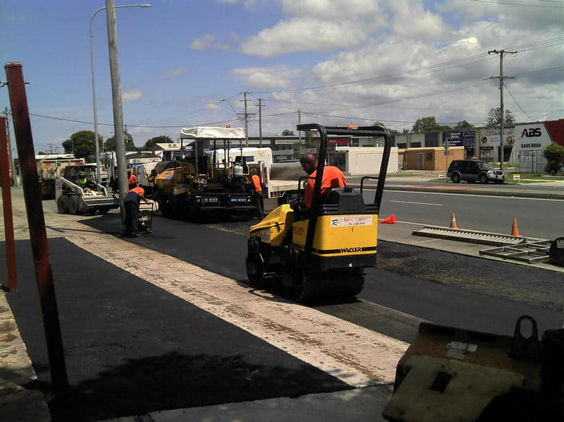 professional asphalt services for roads