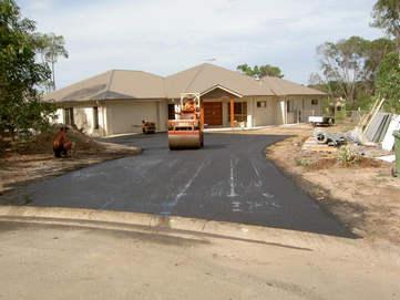Asphalt Concepts Driveway med